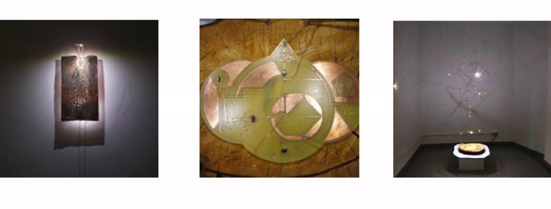 Venus Flower Lamp with interactive sensor system_Laboral Centro de Arte y Creación Industrial_2014